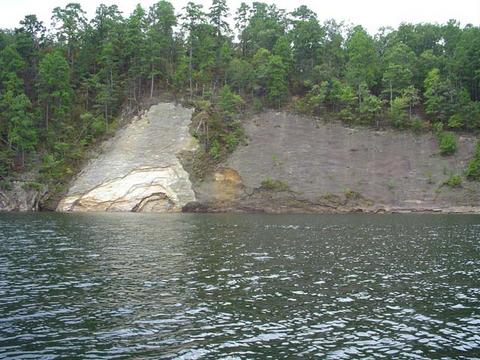 Cliffs at Broken Bow
